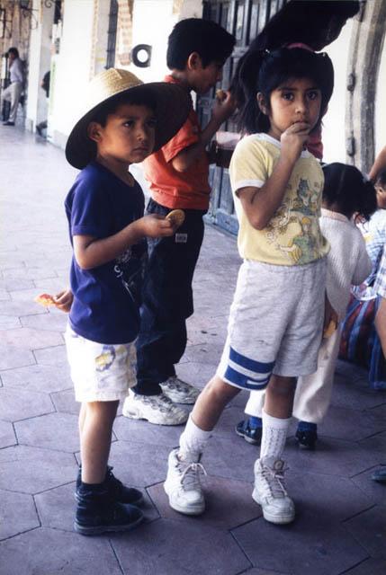 Regards Croisés - Enfants