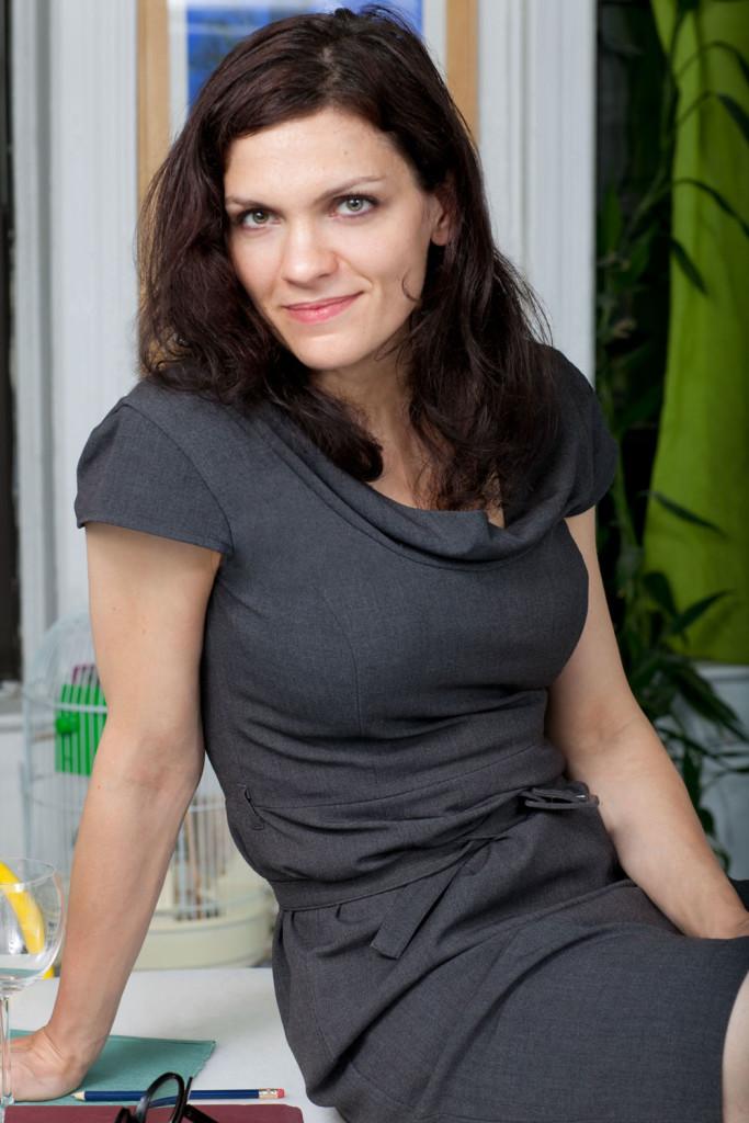 french actress Flo Ankah